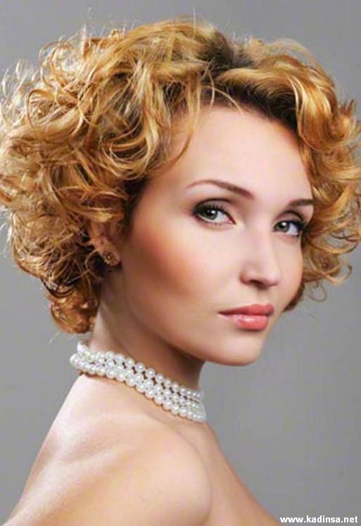 35 Yaş Üstü Kısa Saç Modelleri