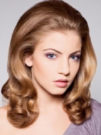 Kabarık Retro Saç Modelleri
