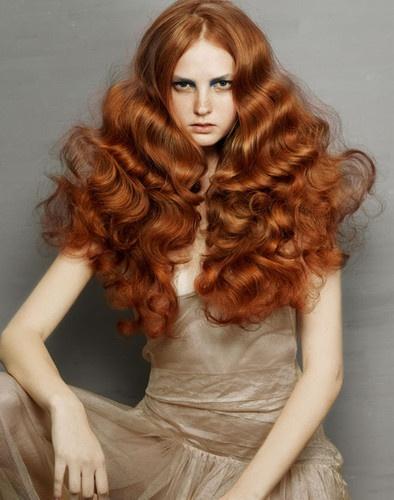 Dalgalı Bakır Saç Renkleri