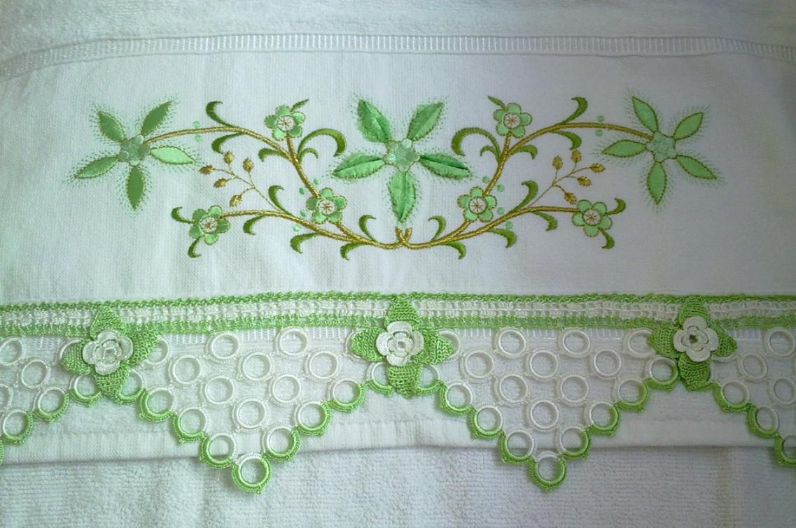 Yeşil beyaz kolay havlu kenarı